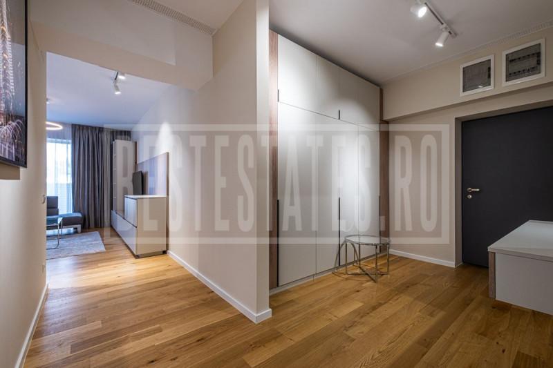 3 room, 2 bedroom luxury apartment with garden in northern Bucharest Aviatiei