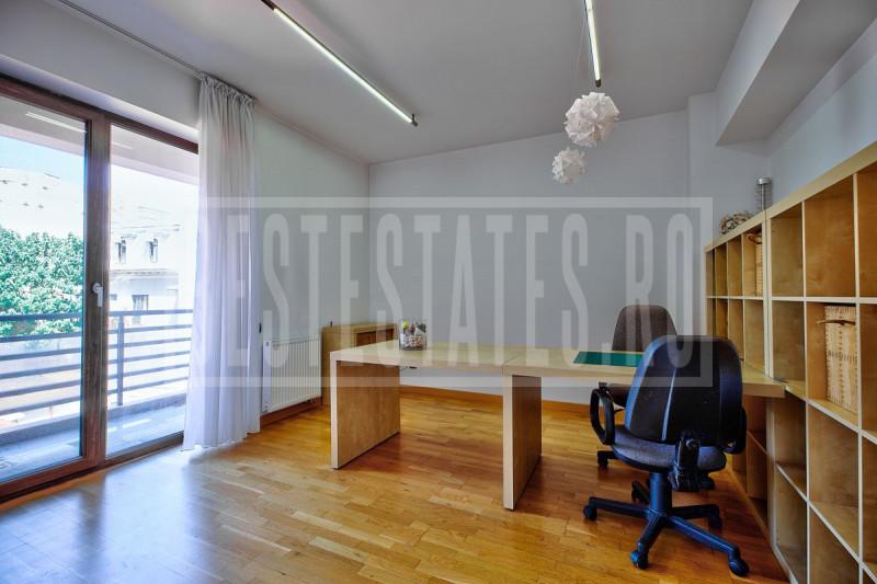 4 rooms 3 bedroom, luxury apartment close to Cismigiu